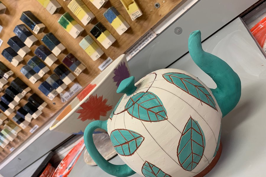 Pottery Wheel: Focus on Slip and Underglaze Decoration image