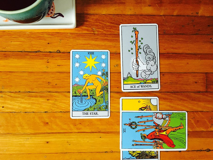 Tarot through the Seasons: The Star image